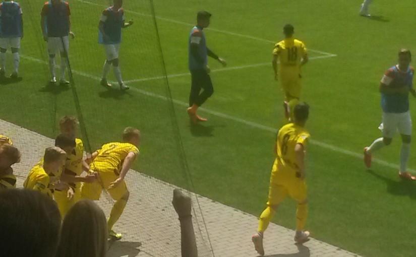 U17: B-Junioren des BVB fertigen den VfB 4:0 ab!